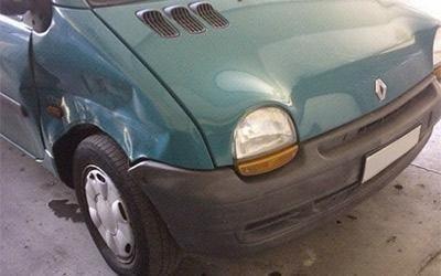 Riparazione ammaccatura Renault Twingo