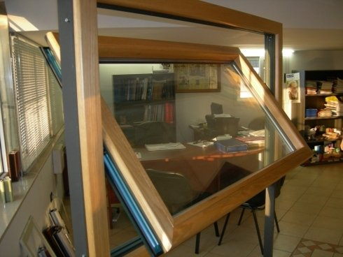 finestra in pvc scorrevole