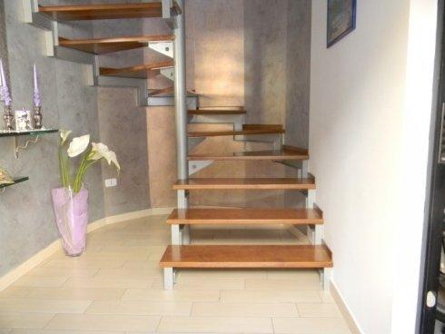 scala in alluminio e legno