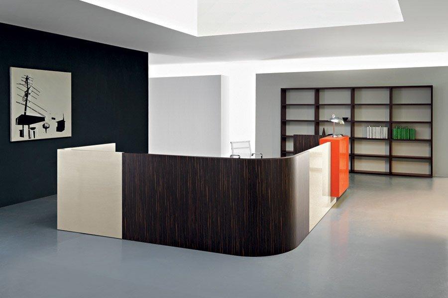 scrivania ad angolo