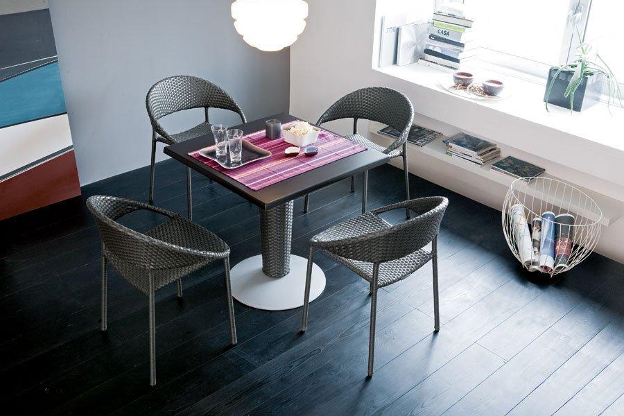 tavolino con 4 sedie