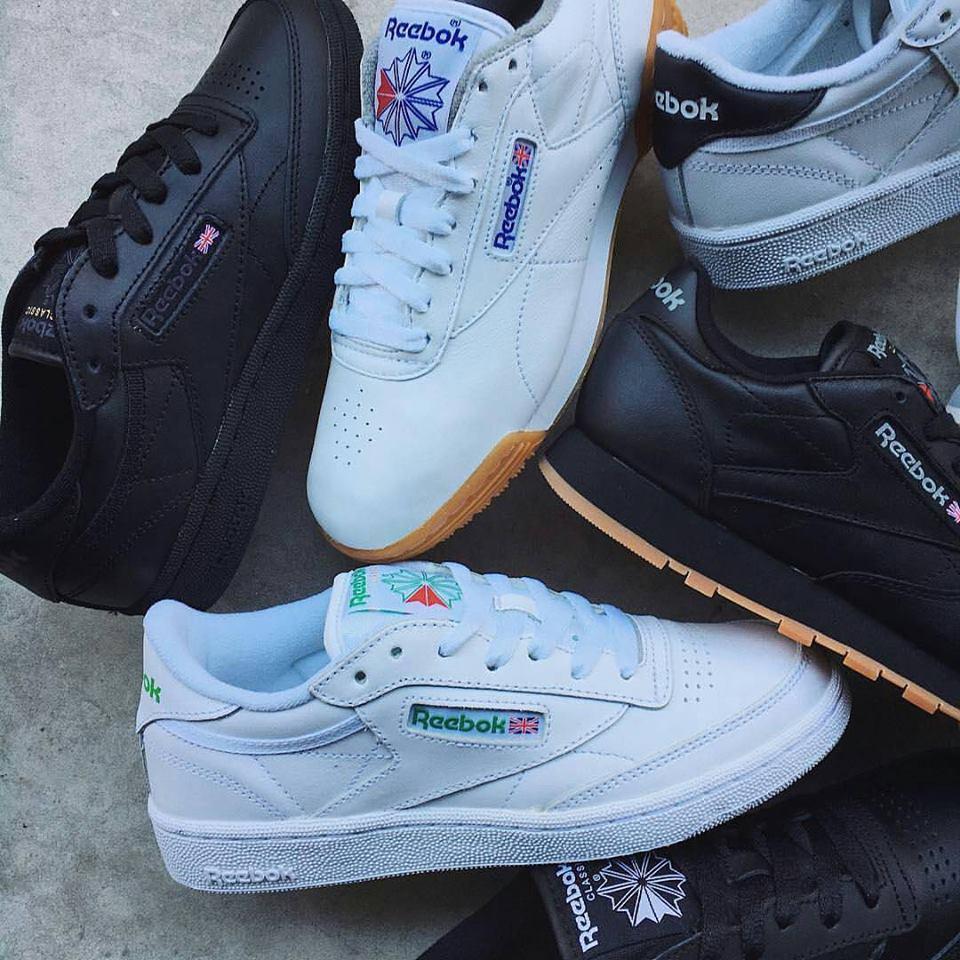 scarpe bianche e nere