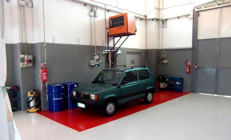 Macchina per riparazione a Carrozzeria RD Service Nichelino(TO)