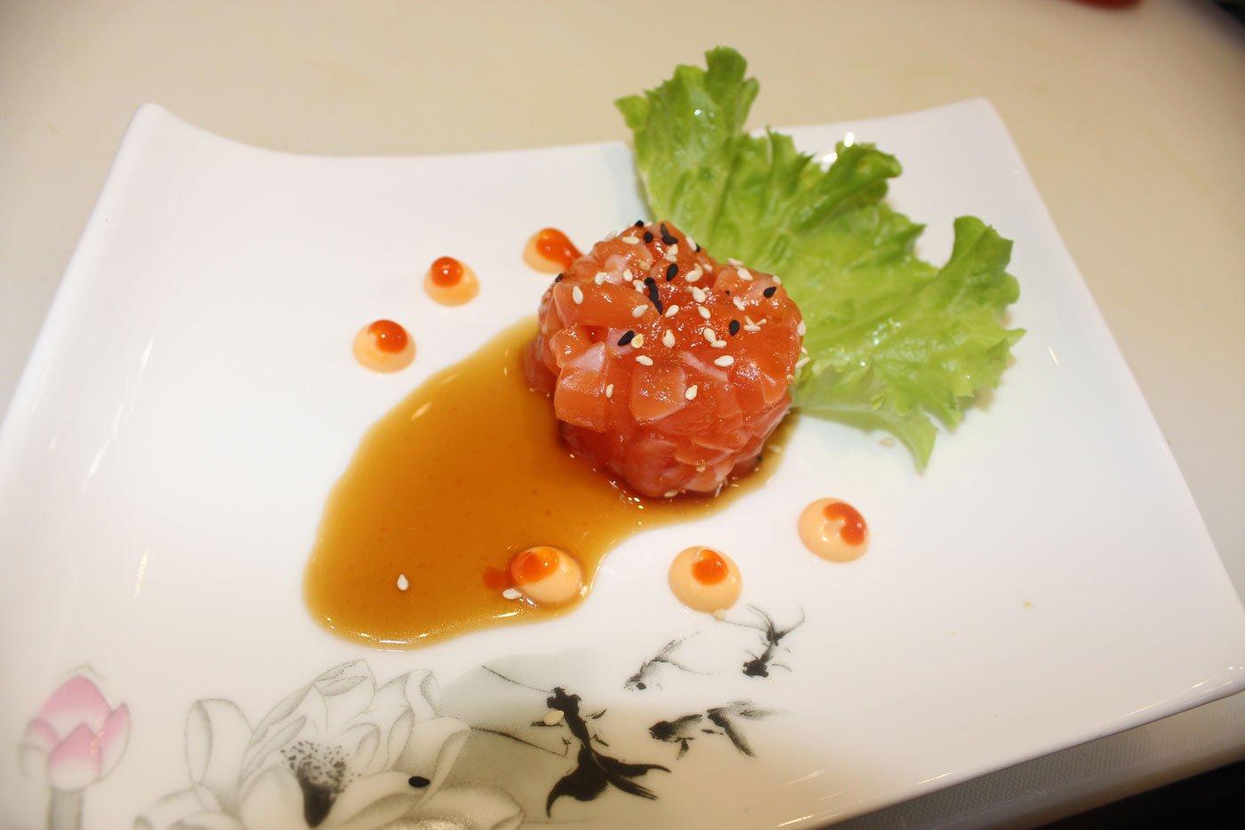 Tartare con salsa sake
