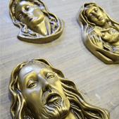 articoli funerari in bronzo