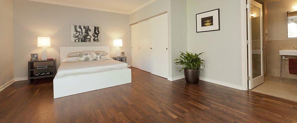 bedroom wooden flooring