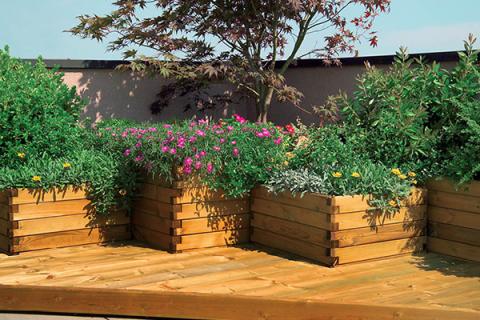 fioriere in legno per esterni