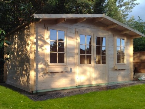 esposizione casa in legno