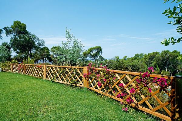 recinzione di legno da giardino