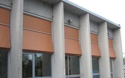 tende per edifici pubblici