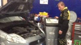 sostituzione batteria, problema elettrico auto, riparazione auto