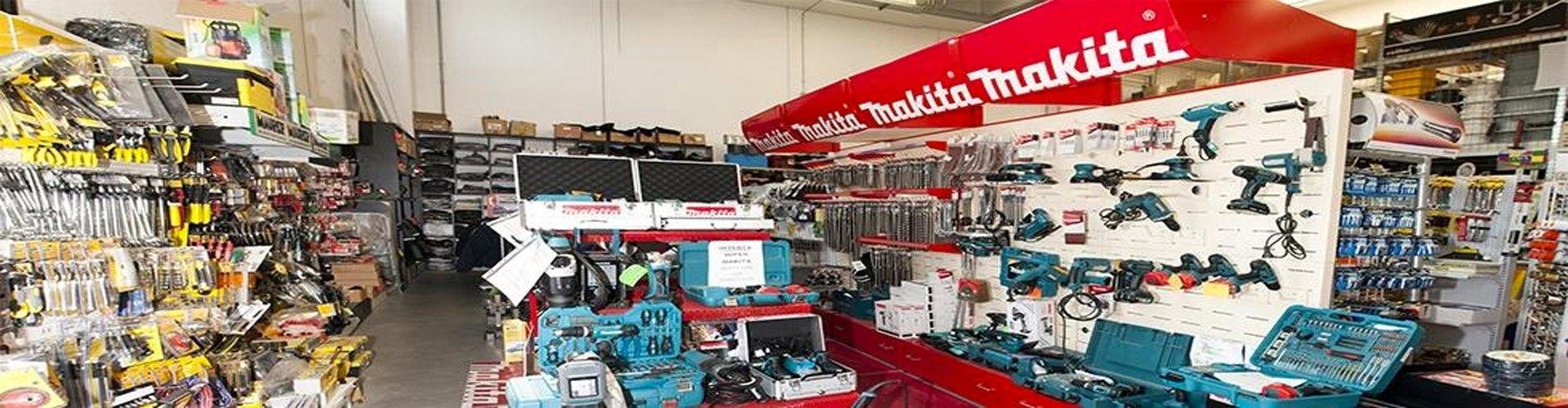 interno del negozio di ferramenta