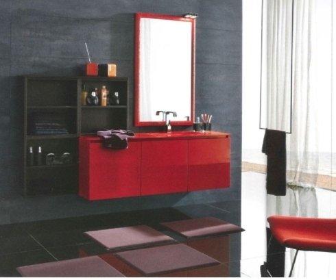 mobile bagno laccato rosso