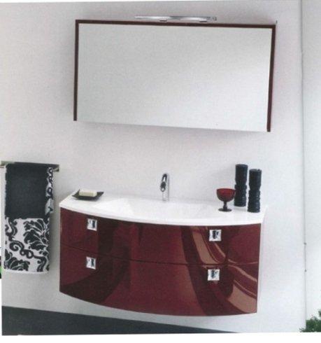 mobile bagno laccato bordeaux