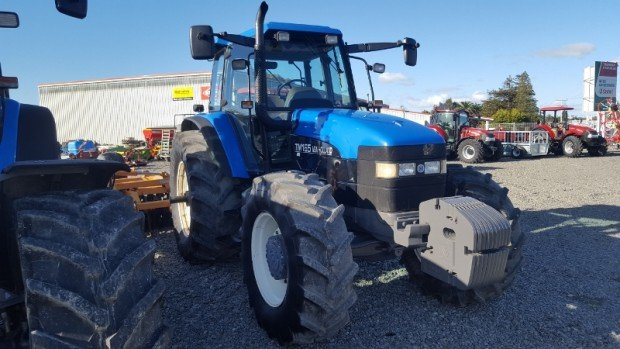 Holland TM165 tractor
