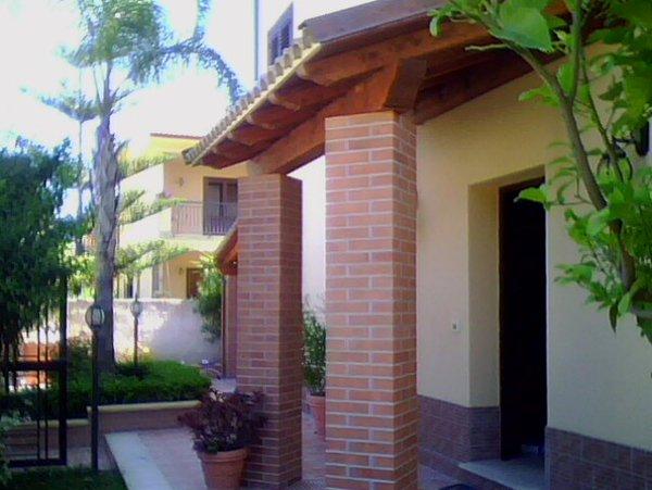 colonne di una casa indipendente