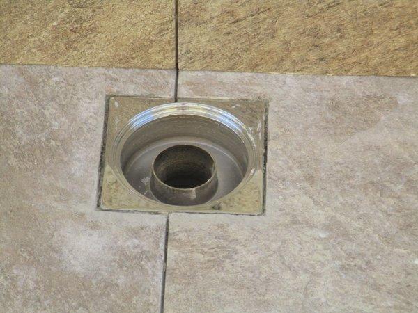 scolo acqua per pavimenti