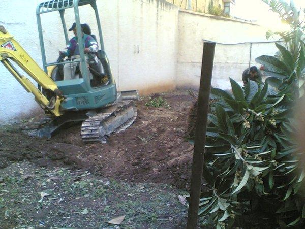 lavori in corso in giardino
