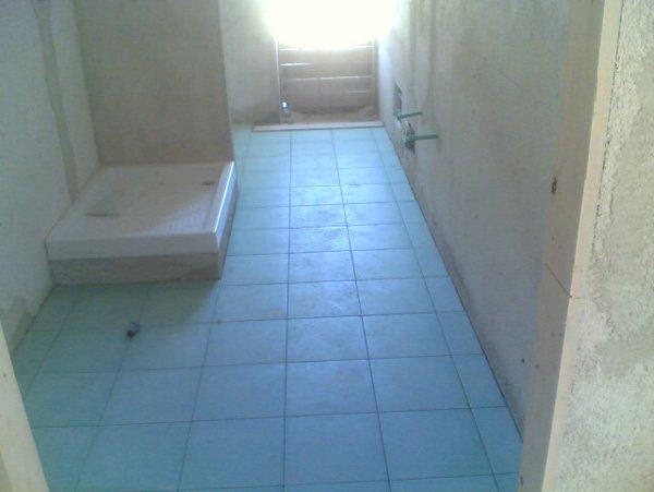 costruzione di un bagno con box doccia