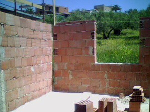 costruzioni casa con mattoni