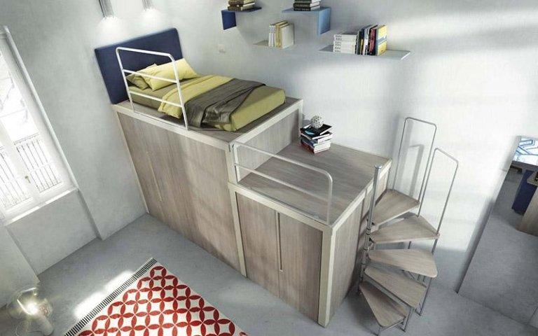 Cameretta con letto su armadio