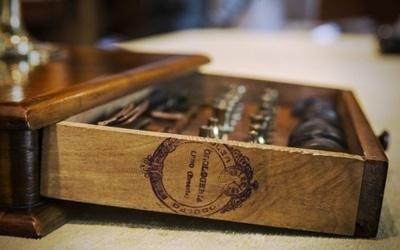 cassetta utensili restauro