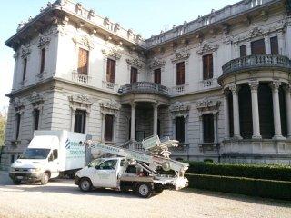 Noleggio furgoni per facchinaggio Brescia