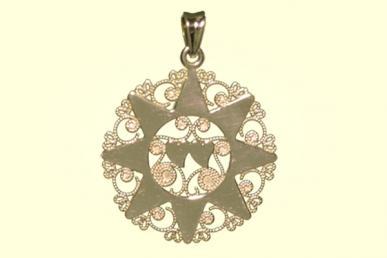 Presentosa abruzzese con dettagli a forma di stella