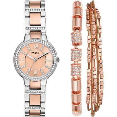 Un orologio su tonalità di rosa carne e un bracciale dello stesso colore
