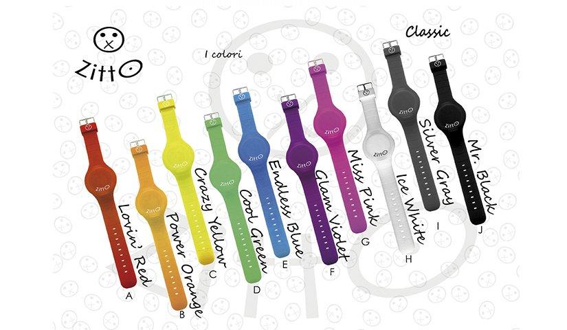 Una serie di orologi di colori diversi e molto accesi
