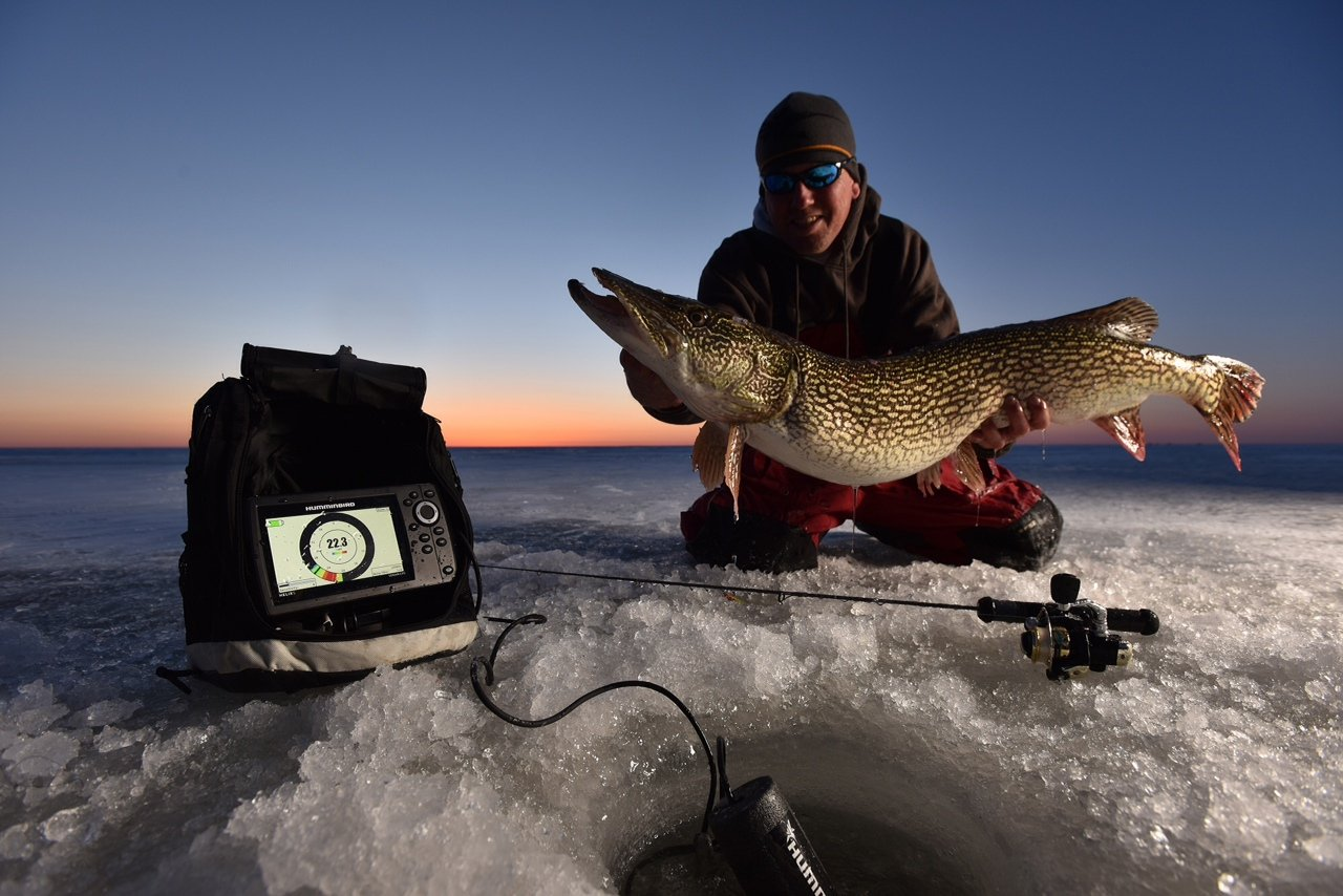 Ice fishing electronics for Ice fishing electronics