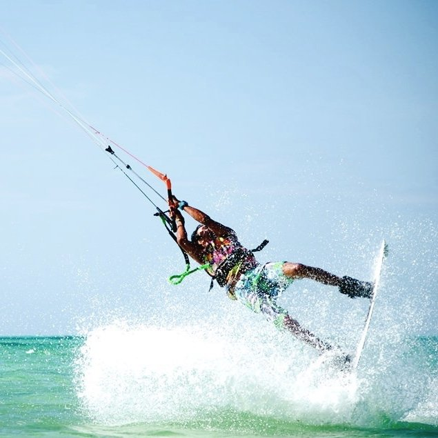 Learn to Kitesurf in Tulum Mexico with Mexican Caribbean Kitesurf