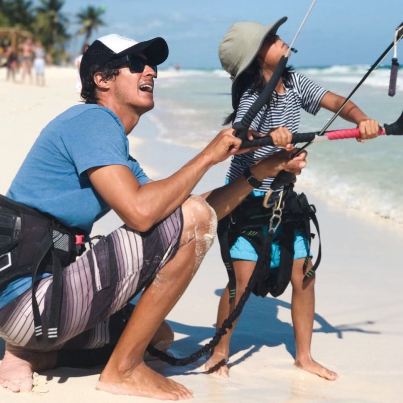 Customized Kite Lessons. Learn to Kitesurf in Tulum.
