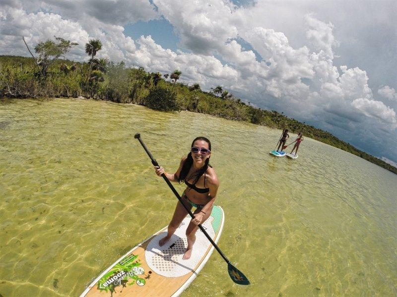 Paddleboard en la Laguna de Kaan Luum