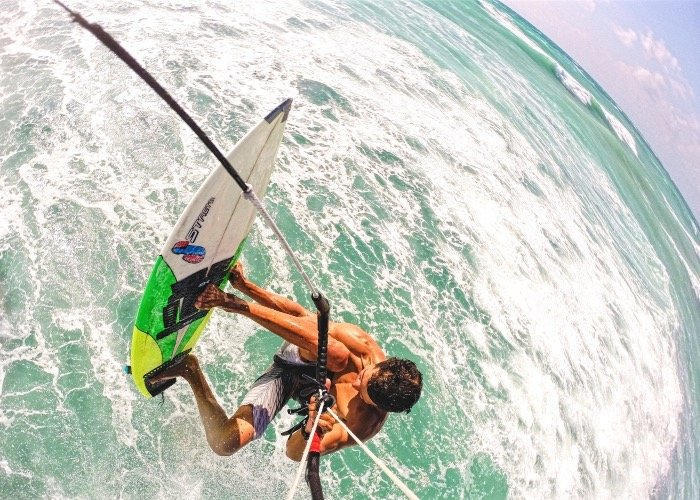 Strapless Kitesurfing Lessons in Tulum with Mauricio