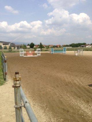 centro ippico, addestramento cavalli, percorso ad ostacoli