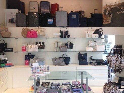 il negozio, borsette per ogni utilizzo, valigeria