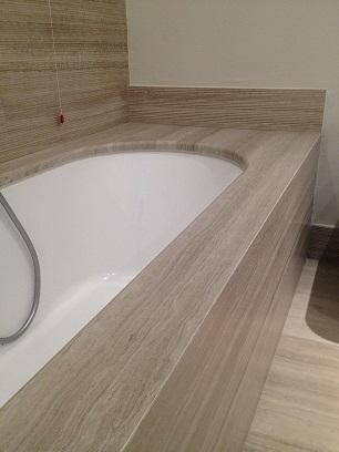 porcelain stoneware bathtub