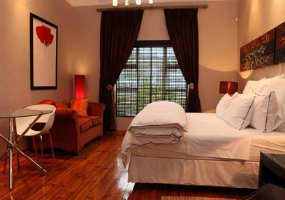Saffron Guest House, luxury bed and breakfast accommodation melville johannesburg, bed and breakfast guest house accommodation melville johannesburg, guest house accommodation melville johannesburg, melville bed and breakfast accommodation