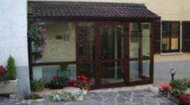 verande a vetri, verande con vetri anti sfondamento, verande in alluminio