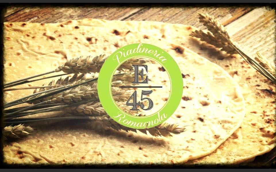 logo E45 Piadineria Romagnola, delle piadine e delle spighe