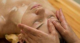 massaggi viso, trattamenti di bellezza, cura della pelle