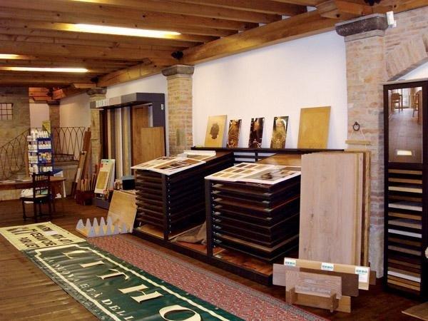 Esposizione materiali edili