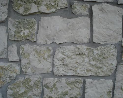 Muro in pietra vera