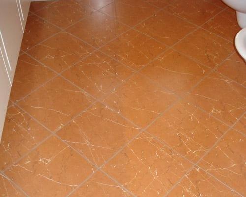 Pavimento color marroncino
