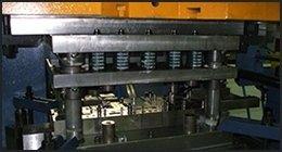 macchinario per stampaggio lamiere