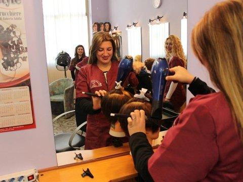 corsi biennali per parrucchieri