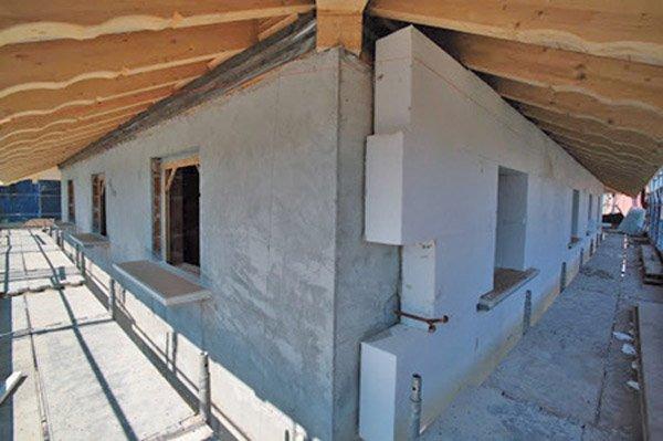 cappoto esterno installato sulle pareti di una casa