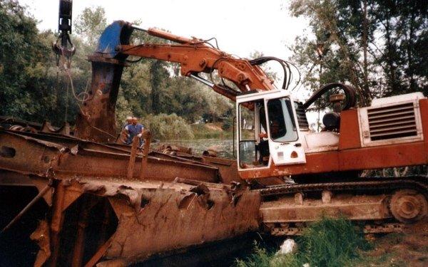demolizione chiatta