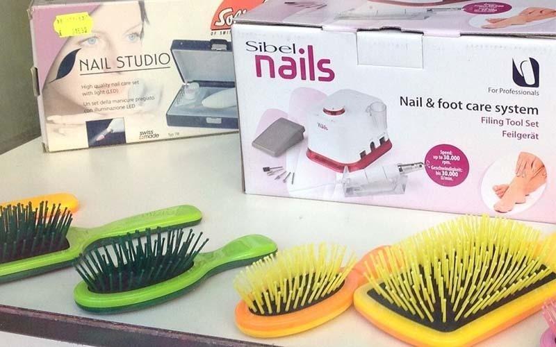 Spazzole e set per manicure e pedicure
